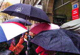 20101108-img_0522-renate-pc-edit_Umbrellas at Ste. Chappelle_edit