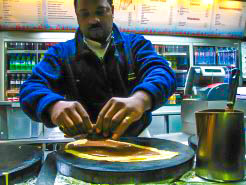 20101110-img_0504-2-edit_Crepe Seller Across from the Eiffel Toweredit
