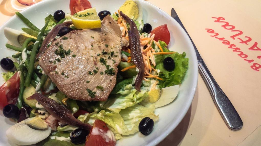 Une Salade de Nicoise