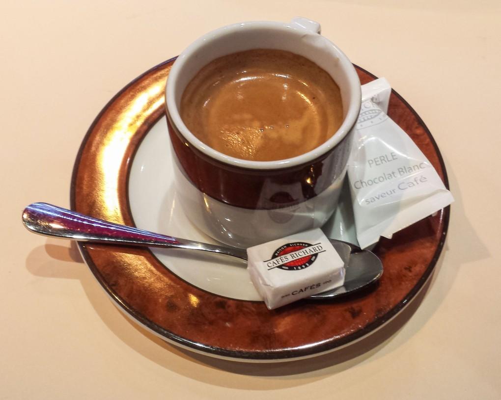 Un cafe, Paris