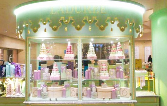 laduree-at-carrousel-du-louvre_edit