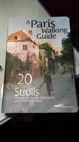 A fantastic Paris walking guide